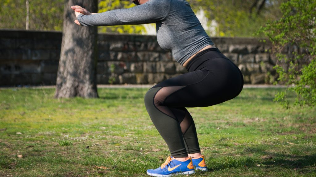 Targeted exercise: Woman doing squats